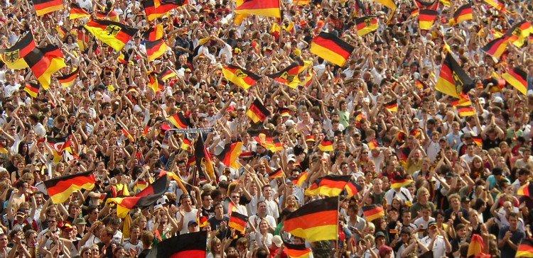 غالبية الألمان تؤيد بقاء اللاجئين المرفوضين و لكن بشروط..... 10
