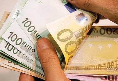 بدءاً من بداية 2019 زيادة  لقيمة معونات البطالة إلى 424 يورو للبالغين.. اليك التفاصيل 2