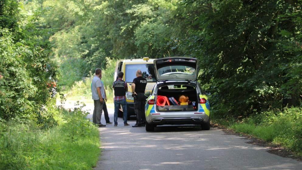 عصابة تنتحل صفة رجال شرطة و تسرق شاحنة نقل أموال