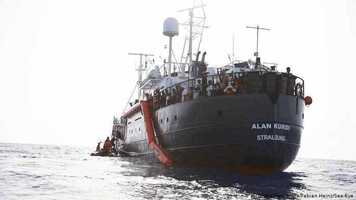 ولاية ألمانية تعلن استعدادها لاستقبال اللاجئين الذين تنقذهم سفن الإنقاذ