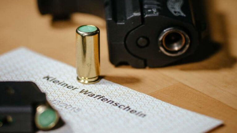 ماذا يجب على الشخص فعله إن وجد سلاحاً في ألمانيا