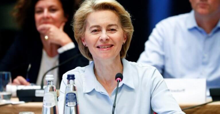 رئيسة المفوضية الأوروبية راتبها 28 ألف يورو و ستقيم في غرفة بمكتبها