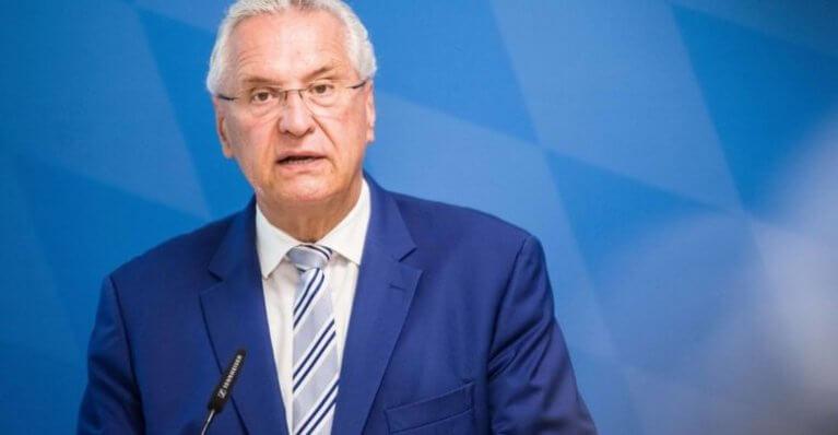 وزير داخلية ولاية ألمانية يحمل حزب البديل جزءا من المسؤولية عن هجوم هاله