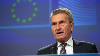 مفوض الاتحاد الأوروبي لقد دفع الاتحاد الأوروبي بالفعل مليارات الدولارات لتركيا لضمان إمداد اللاجئين السوريين وهذا لا يكفي