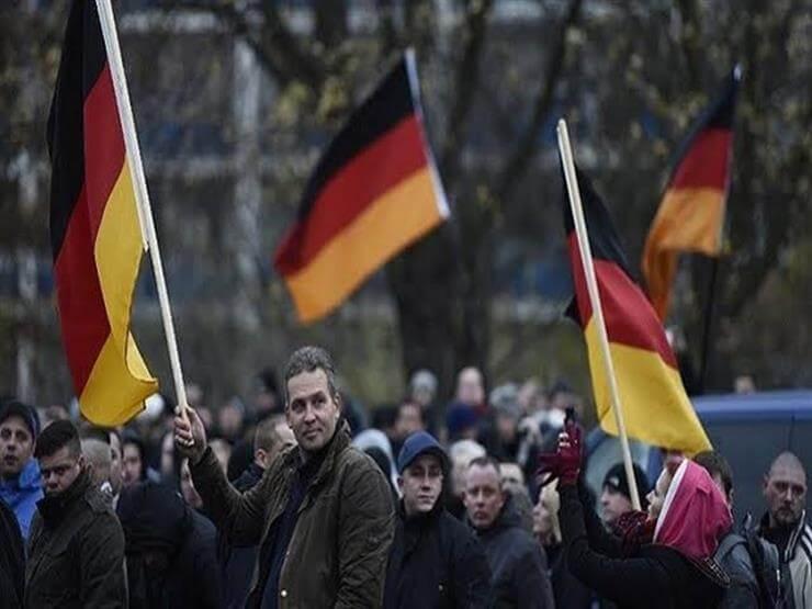 الآلاف يتظاهرون في هذه المدينة في ألمانيا