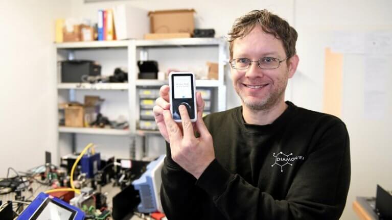 شركة ألمانية تطور جهازاً لقياس مستوى السكر في الدم