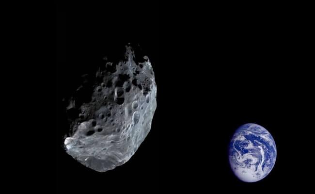 كويكب بحجم الهرم يقترب من الأرض اليوم الجمعة