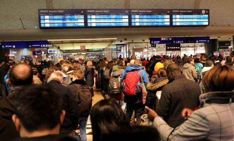 إصابة ثلاثة أشخاص بسبب إعصار سابين وإلغاء مئات الرحلات الجوية في ألمانيا