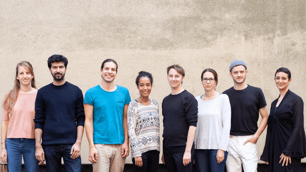 شركة ألمانية تقدم آلاف الوظائف للاجئين
