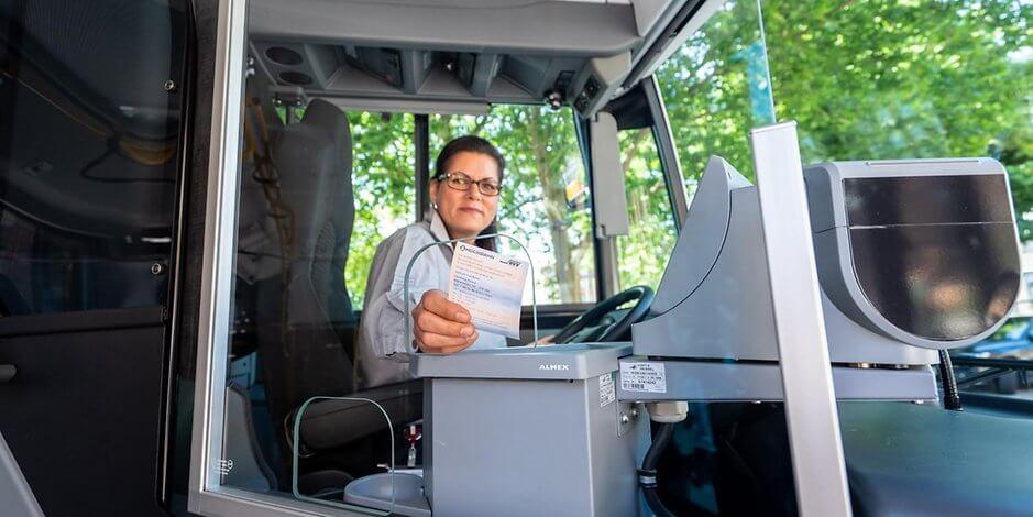 بسبب كورونا هذا التغيير في حافلات HVV يمكن أن يبقى إلى الأبد