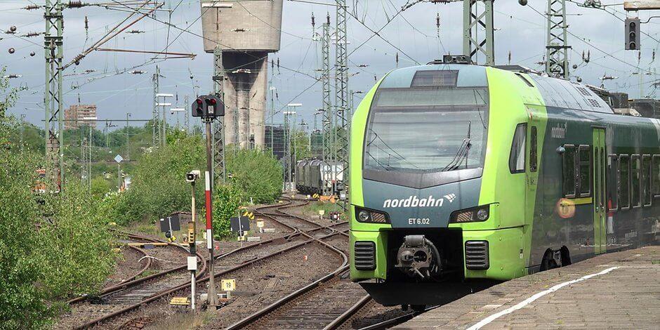 من هامبورغ إلى … هذا هو القطار الأقل التزامًا بالمواعيد في الشمال