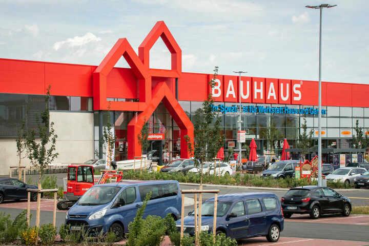 بوهوس تبيع إكسسوارات السيارات بأسعار منافسة في مدينة ألمانية
