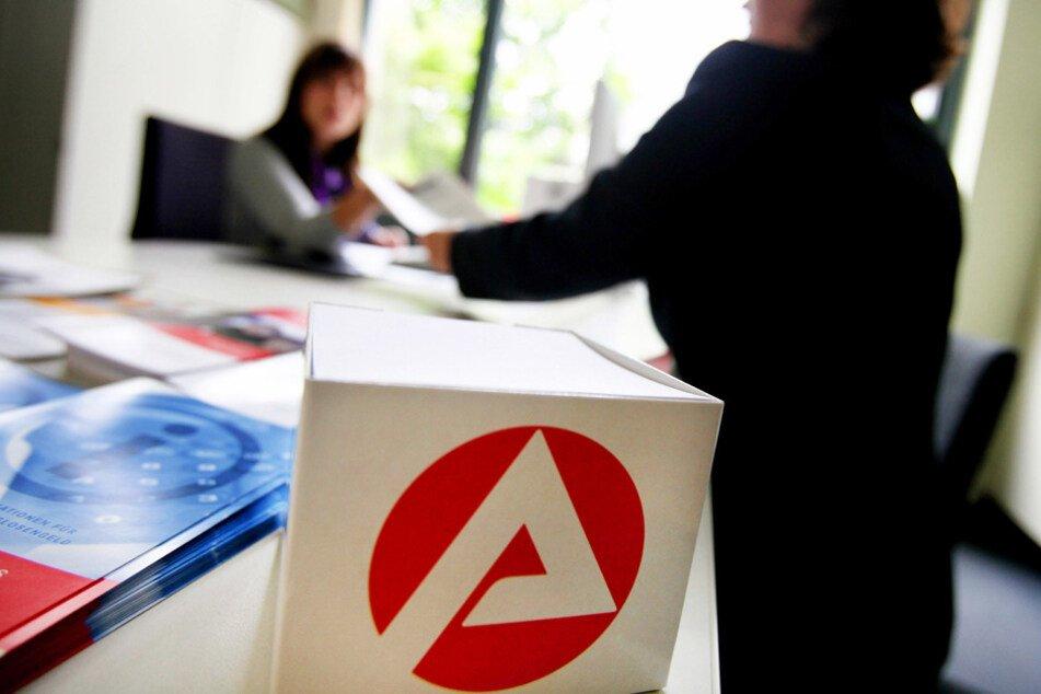أربع ولايات ألمانية تقدم ورقة مطالب بمزايا أعلى لمتلقي الإعانة الاجتماعية وعقوبات أقل