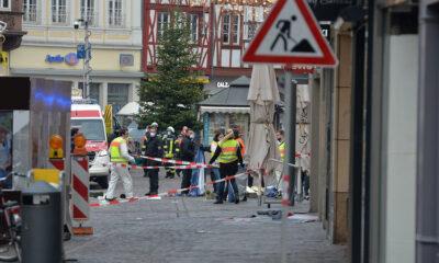 الشرطة الألمانية تعثر على ذخيرة ضمن سيارة صدمت المشاة في ترير